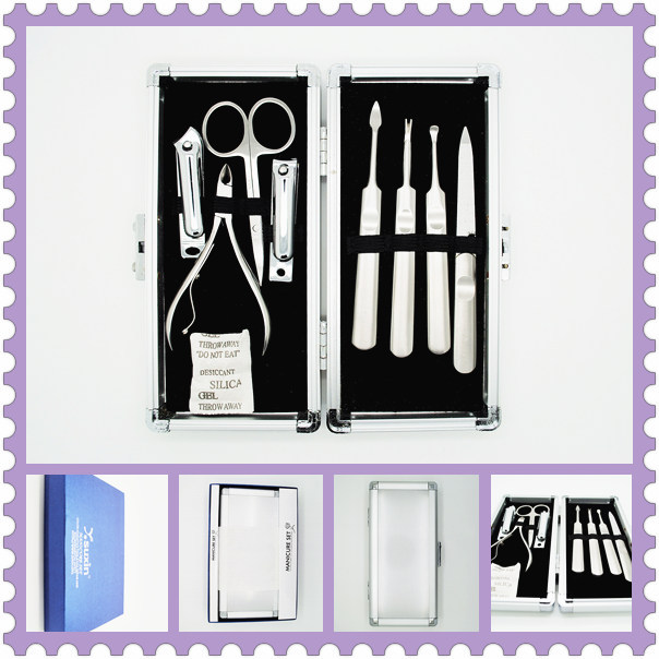 2018 New style Factory Direct Selling Professional 8in1 Beauty Pedicure Manicure Set Aluminum Kit Case