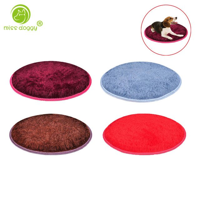 Newly Design Classic Simple Solid Color Pet Dog Mats Comfortable Breathable Beds for Small Dogs Winter Warm Chihuahua Beds 10A