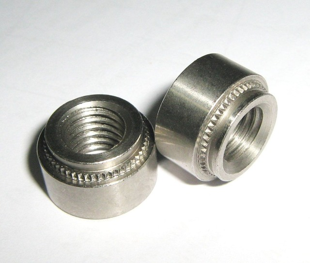 S-M4-2, 1000pcs PEM Standard Zinc Plated Carbon Steel Self-clinching Nuts Press in nuts Factory direct selling  In stock