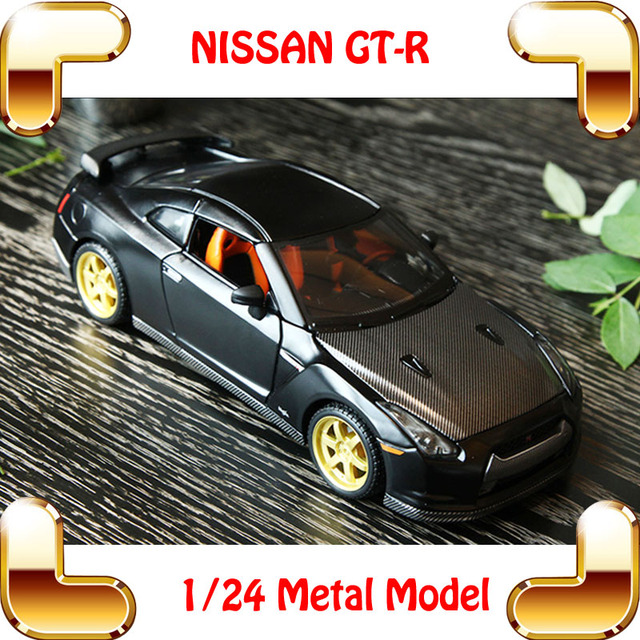 New Arrival Gift GTR 1/24 Metal Model Car Sport Vehicle Race Cars Collection For Fans Alloy Decoration Toys Openable Toy