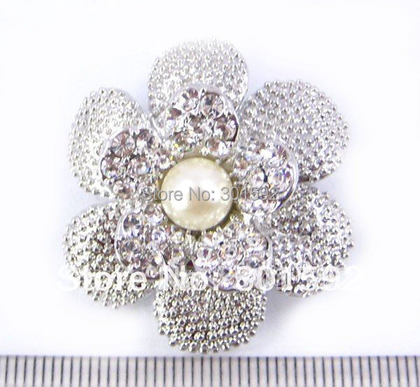 Fashionable brooches Crystal flower brooch pin  Alloy rhinestone brooches with pearl BH04587