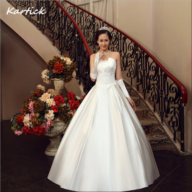 Brand New Satin Wedding Dresses with Bow White/Ivory Ball Gown Romantic Princess Formal Dress Elegant Hot Sale Bridal Gown