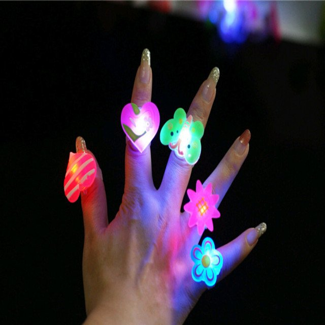 5piece Flashing rings best Selling soft rubber led toys Cartoon flash brooch funny bling toys Party Celebration Rings