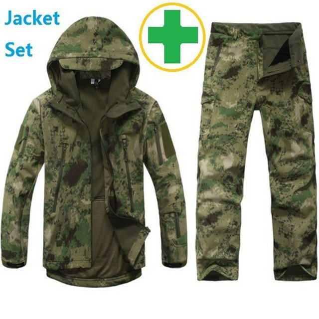 Tactical Gear Softshell Camouflage Outdoors Jacket Men Army Waterproof Warm Camo Hunter Clothes Windbreaker Coat Military Jacket