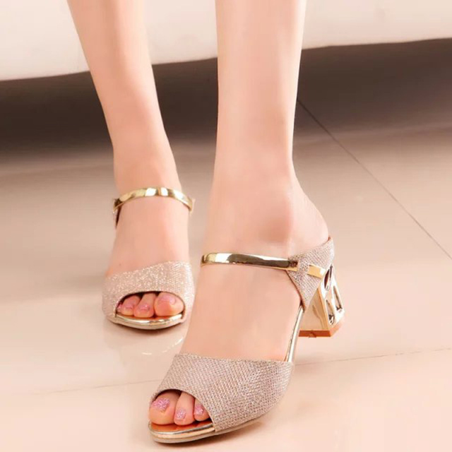 2018 New Women Sandals Square Heel Sandals Summer Women Shoes open-toe Casual Sandals Ladies mid heel summer sequin Sandals