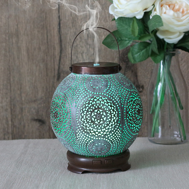 New Classical Hollow Pattern Aroma Diffuser Household Mute Ultrasonic Air Humidifier DC12V Colorful Light Essential Oil Diffuser