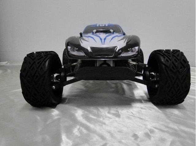 BRAND NEW LAUNCH FOR 2011 - KING MOTOR X1 SHAFT DRIVEN 4X4  30.5cc 2.4GHZ 1/5 BAJA SC (SHORT COURSE)