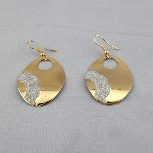 E1007  Latest hot fashion frosted oval earrings 6PAIR/LOT