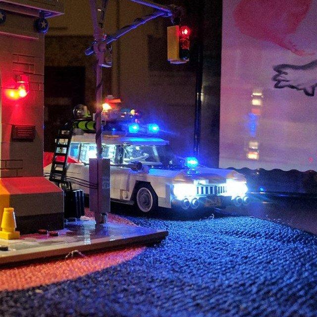 LED Light Kit (only light included )for  21108 blocks set  Compatible with  Ghostbusters Ecto-1 bricks  (Car Not Included)