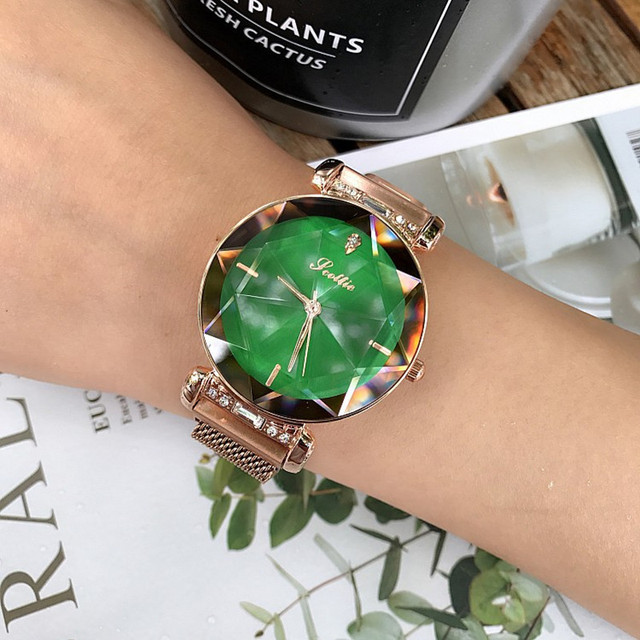 2019 Luxury Brand Crystal Ladies Watch Women Magnet Buckle Dress Watches Fashion Woman Quartz Watchs Stainless Steel Watch Clock