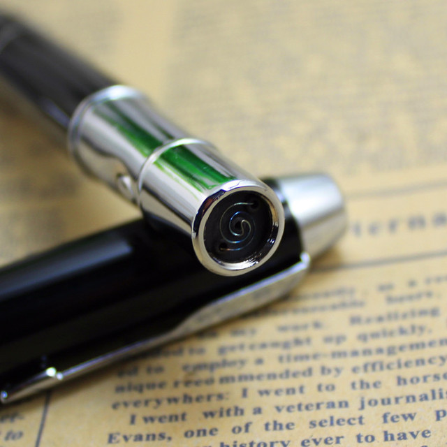Hot Free New Creative Pen Type Electric Charging Lighter Environmental Protection Plasma USB Electronic Pulse Windproof Lighter