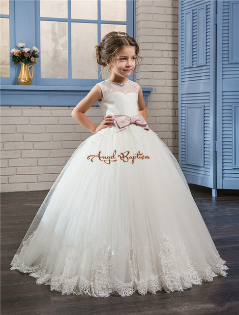 2019 Ball Gown lace Baby Girl Birthday Party Christmas Princess Dresses sheer crew neck backless bow Flower Girl Dresses