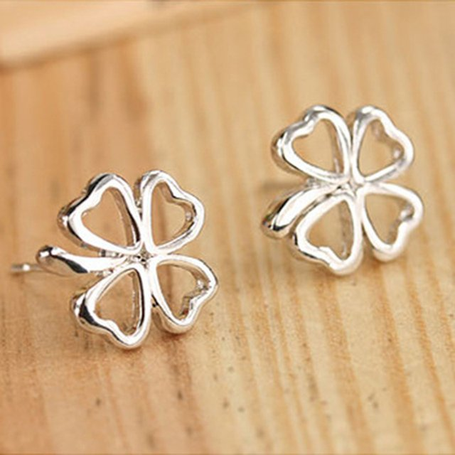 KARASU Fashion Korean Jewelry Wholesale Popular Hot Silver-color Hollow Clover Stud Earrings For Women