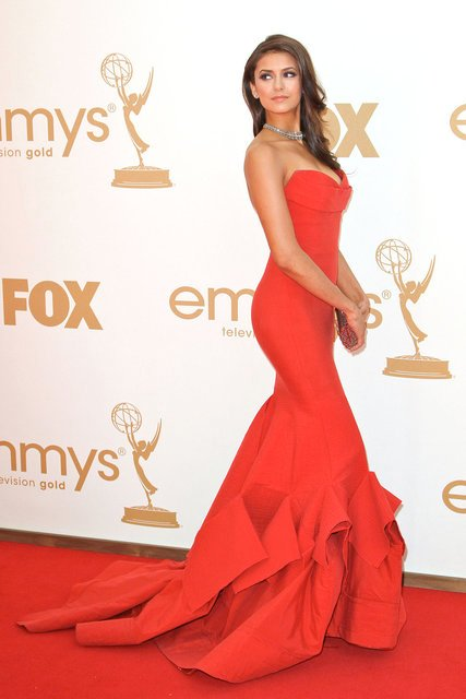 New Arrival Red Carpet Dresses Red Satin Ruched Mermaid Celebrity Dresses 2017 Sweetheart Off Shoulder Formal Party Gowns