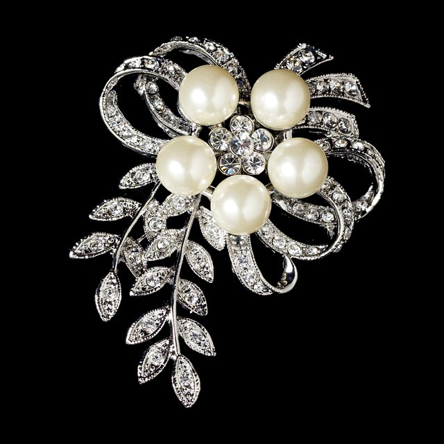Wholesale Antique Vintage Silver Rhinestone & Diamante Cream Pearl Vintage Vine Bouquet Bridal Brooch