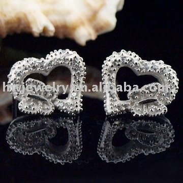 valentine day silver heart earring