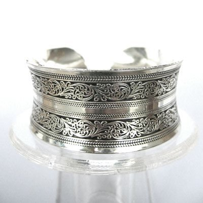 Exquisite tibet silver Carved Lucky jewellery bracelet SHIPPING FREE
