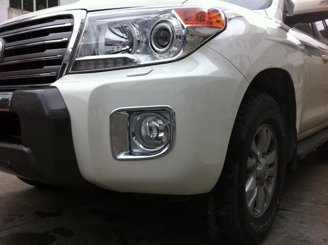Chrome Front  Fog Lamp Cover For Toyota Land Cruiser 200 Accessories 2012 2013