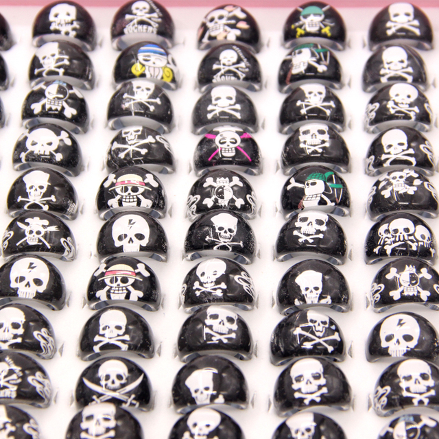 Wholesale Lots 100pcs Lovely Punk Cartoon Pirate Skeleton Kids/Children Resin Acrylic Lucite Rings Cheap Jewelry Free Shipping
