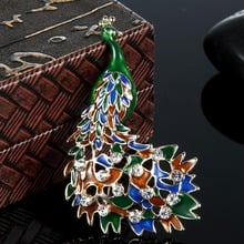 12pcs/lot Wholesale  Enamel Peacock Brooches Pins Jewelry Women's Bags Accessories Crown Colorful Pin Brooch Christmas Broches