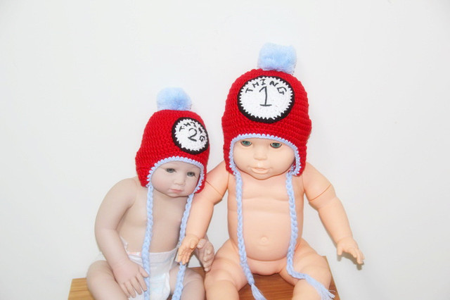 free shipping,The Numbers:2 .100% cotton red children's Earflaps Hat,New Handmade Christmas Crochet Hat Caps,Baby Santa hat