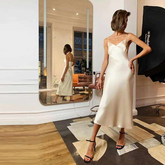 Lusofie Summer Sexy Satin Suspender Dress Fashion High Street Solid Ankle dresses Casual Loose V-neck Sleeveless dress 2020 New