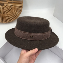Wool felt hat female fashion han edition flat hat man qiu dong elegant travel retro jazz cap to keep warm fedoras