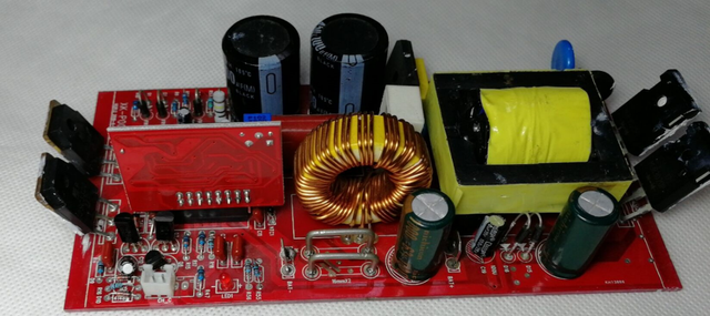 A new charging board for Snaterm EPS 4000W 220VAC 50HZ/60HZ 24VDC/48VDC Pure Sine Wave power Inverter