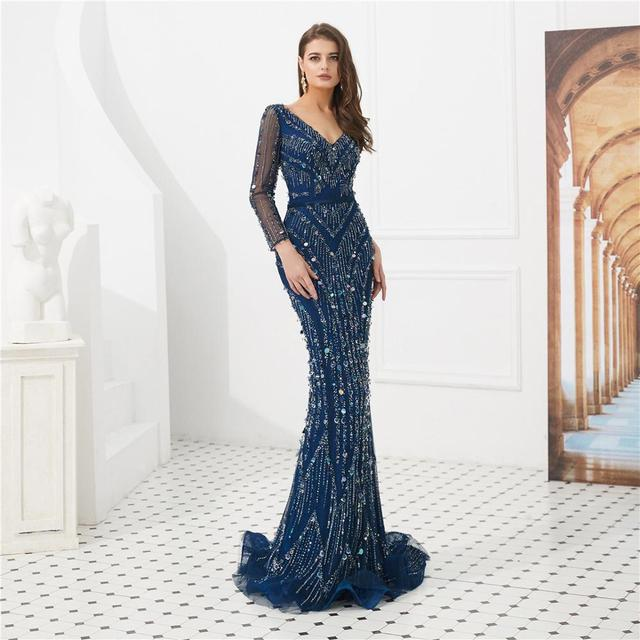 Luxurious Celebrity Dresses Long Sleeves Stunning Crystals Beaded Evening Party Gowns Mermaid V Neck Female Formal Pageant Wear