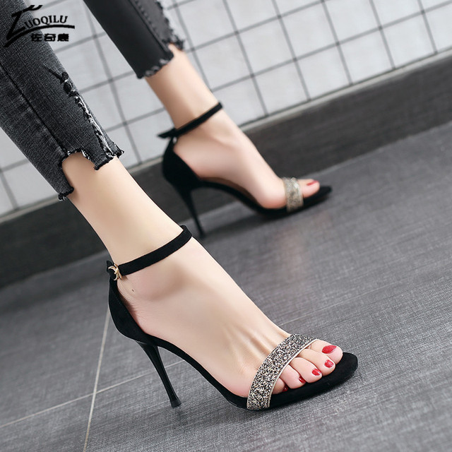 Luxury crystal women sandals silver Peep Toes Buckle Strap high heels sandals party wedding shoes women pumps summer shoes