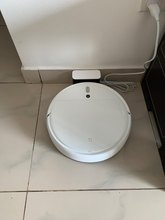 Looks satisfactory, water tank could have been bigger for 2 BHK medium size apartment, also like dust bag there should be bigger water tank can be refilled from top and insert instead turning up side down for mop.